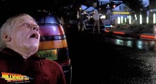 back-to-the-future-2-deleted-scenes-old-biff-vanishes (04)