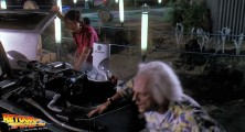 back-to-the-future-2-deleted-scenes-old-biff-vanishes (11)