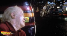 back-to-the-future-2-deleted-scenes-old-biff-vanishes (17)