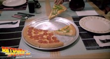 back-to-the-future-2-deleted-scenes-pizza (02)