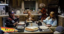 back-to-the-future-2-deleted-scenes-pizza (14)