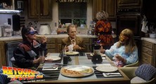 back-to-the-future-2-deleted-scenes-pizza (16)