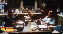 back-to-the-future-2-deleted-scenes-pizza (19)