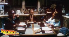 back-to-the-future-2-deleted-scenes-pizza (21)