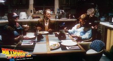 back-to-the-future-2-deleted-scenes-pizza (23)