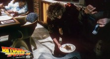 back-to-the-future-2-deleted-scenes-pizza (30)