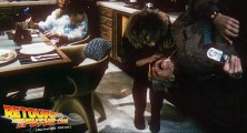 back-to-the-future-2-deleted-scenes-pizza (40)