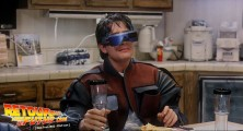 back-to-the-future-2-deleted-scenes-pizza (64)