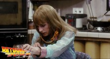 back-to-the-future-2-deleted-scenes-pizza (85)