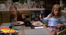 back-to-the-future-2-deleted-scenes-pizza (88)