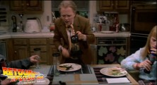 back-to-the-future-2-deleted-scenes-pizza (91)