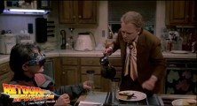 back-to-the-future-2-deleted-scenes-pizza (93)